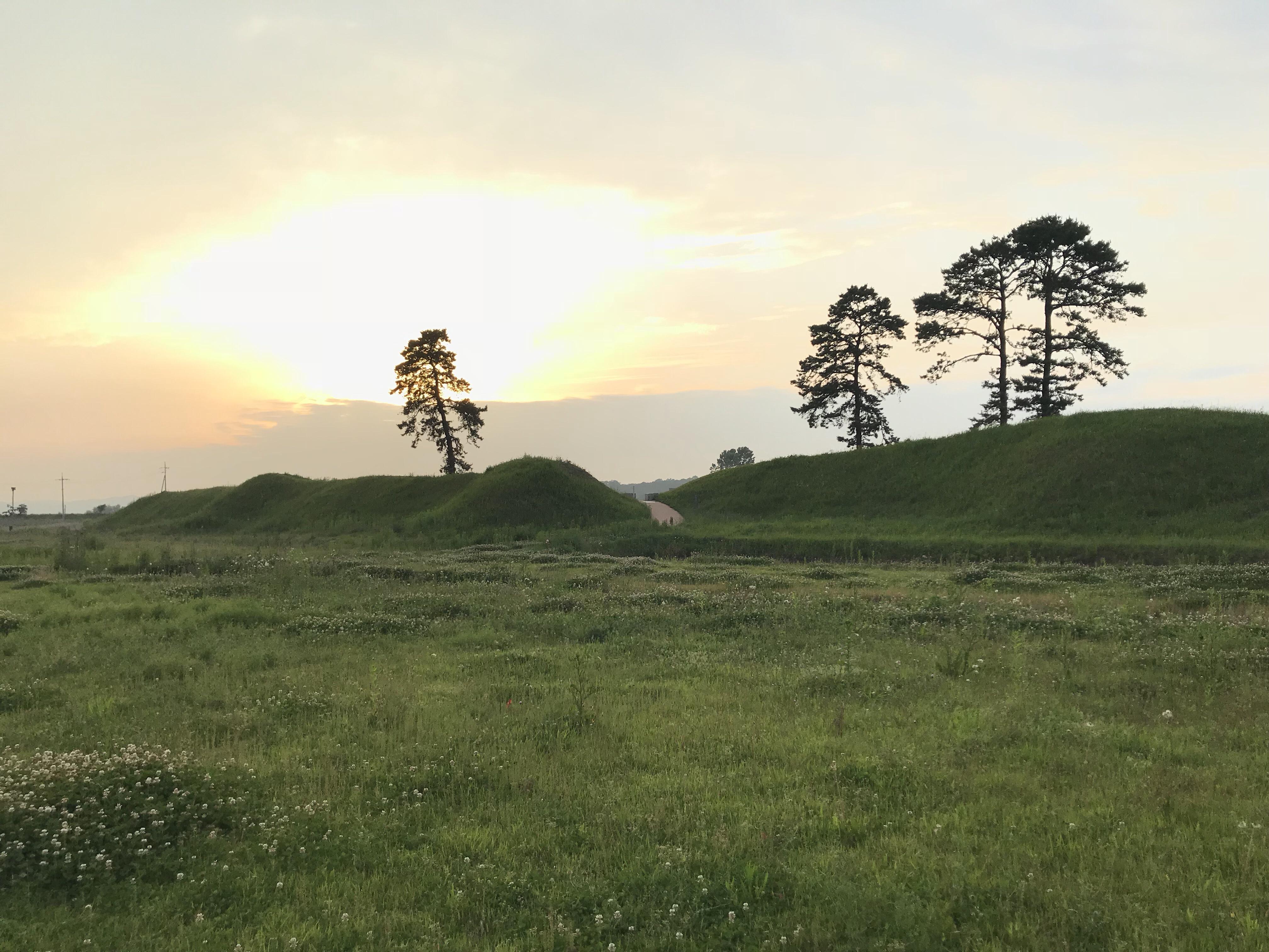 朝鮮時代の方形居館!?「井北洞土城」
